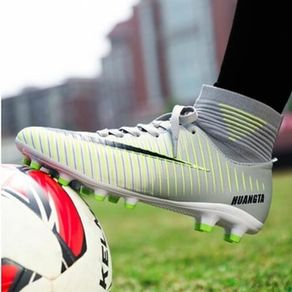 Sneakers Men Football Shoes Soccer Cleats Boots Long Spikes TF Spikes Sneakers Soft Indoor Turf Futsal Soccer Shoes Men