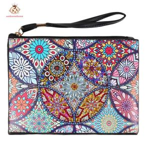 DIY Special Shaped Diamond Painting Wristlet Wallet